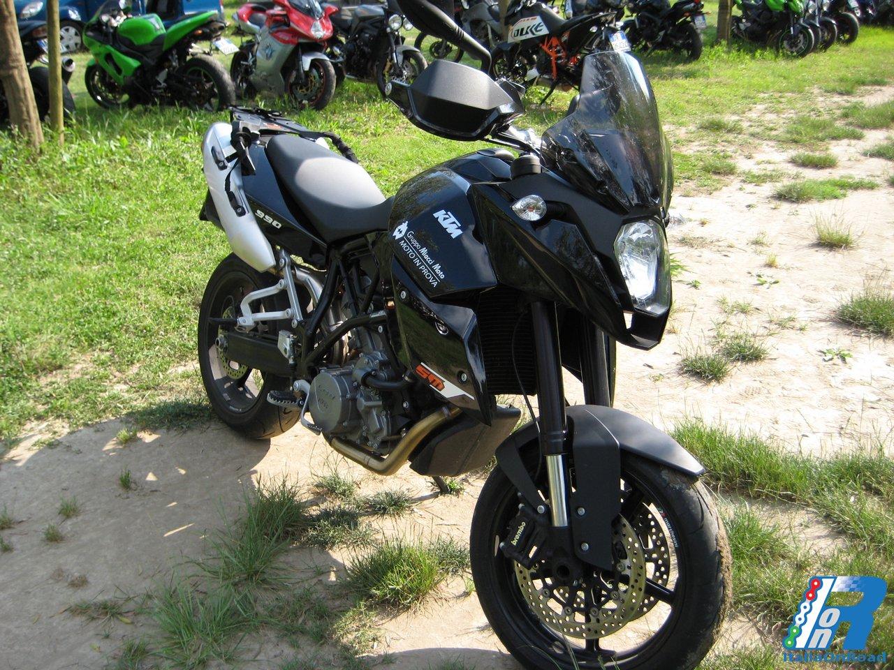 Prova KTM 990 SMT