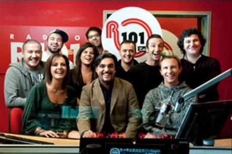 R101 – LA CARICA di Radio 101! Un NapoliMoto per caso in diretta!