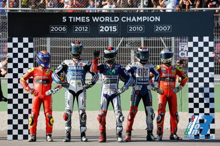 Lorenzo campione del Mondo, le Honda chiudono il podio. Rossi quarto