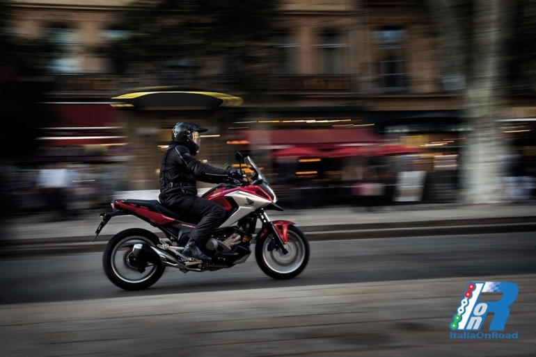 Honda: la nuova NC750X 2016