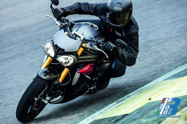 Nuove Speed Triple S e Speed Triple R